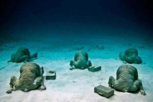 Cancun Underwater Museum - MExplor