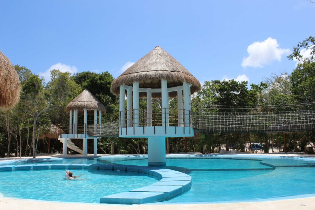 Swimming Pool Puerto Morelos