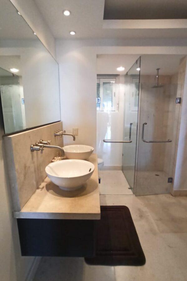 Bathroom condo Puerto Morelos